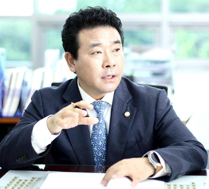 <인터뷰>-박정 국회의원