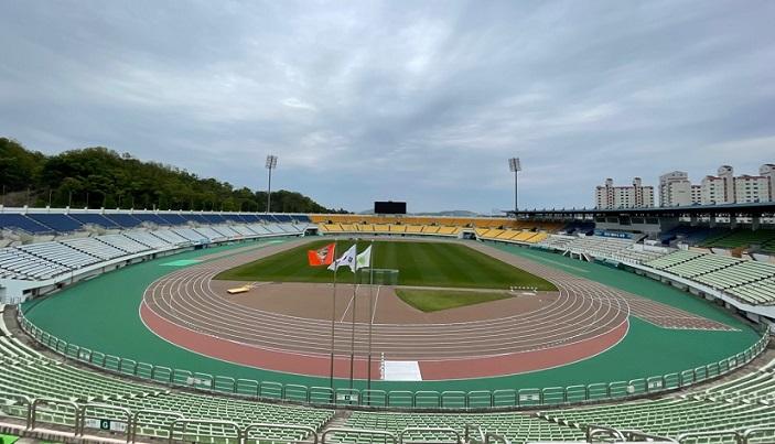 파주스타디움, 대한육상연맹 제3종 육상경기장 공인